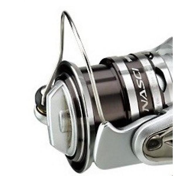 На фото Шпуля Shimano 13 New Nasci 2500S